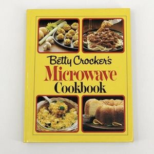 Vintage Betty Crockers Microwave Cookbook Hardback